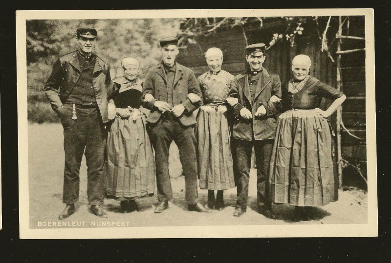 Vintage Boerenleut Nunspeet Portrait 6 People B&W Real Photo Postcard Unposted
