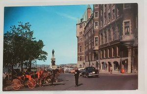 Vintage Postcard:CANADA: Horse-drawn carriage+cars Chateau Frontenac-Quebec