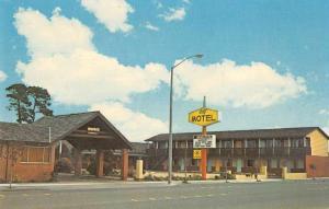 Fort Bragg California City Motel Vintage Postcard JA454471
