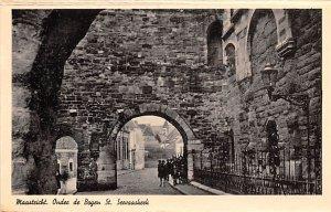 Ondec de Bogen St Secvaaskeck Maastricht Holland Unused