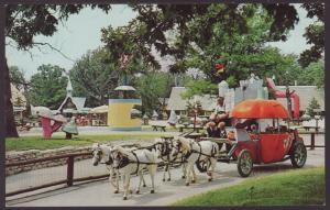 Pumpkin Coach,Santa's Village,Dundee,IL Postcard