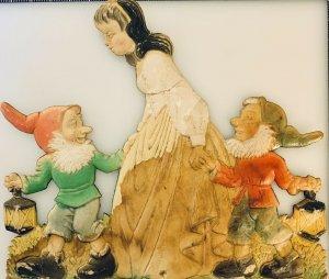 Antique Vintage Embossed Die Cut SNOW WHITE With 2 Dwarves. Excellent Shape