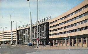 Netherlands Rotterdam, Railway Station, Gare Centrale Centraal Station Auto Car