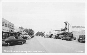Alamogordo New Mexico Street Scene Bordens Ice Cream Real Photo PC JJ658696
