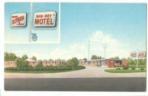 Ban-Rey Motel North of Maumee, Ohio on US 20 unused Postcard