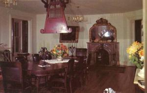 MS - Natchez. Longwood Dining Room