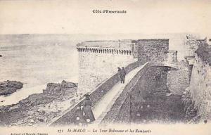 Cote d'Emeraude, St.MALO, La Tour Bidouane et les Remparts, Ille et Vilaine, ...