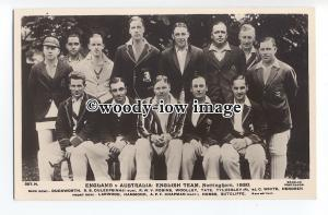 su3174 - England v Australia 1930 - English Team - postcard