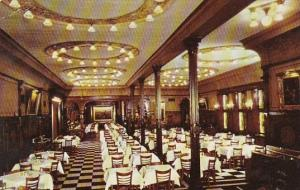 Henrici's Restaurant Dining Room Interior Chicago Illinois
