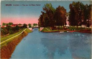 CPA BRIARE vue sur le Vieux Canal (607440)