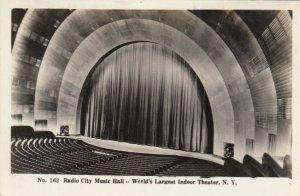 RP, NEW YORK CITY , 1920-40s; Radio City Music Hall