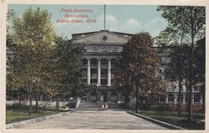 BATTLE CREEK , Michigan , 00-10s ; Front Entrance Sanitarium