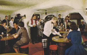 Hotel La Sapiniere , Val David , Quebec, Canada , 40-60s ; Dining Room