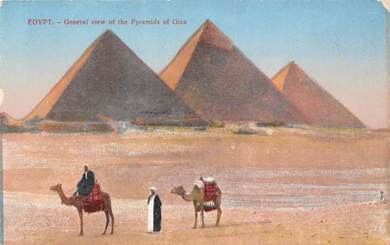 Egypt Generale view of the Pyramids of Giza, camels, natives