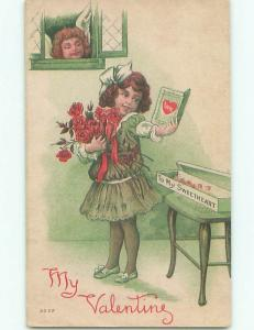 Divided-Back VALENTINE DAY SCENE Great Postcard W8054