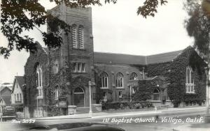 c1940 RPPC Postcard 1st Baptist Church Vallejo CA Solano County Zan Photo 2059