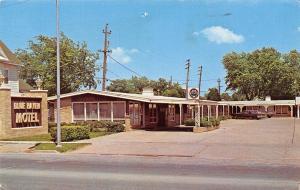 Osceola Iowa~Blue Haven Motel~1970s Cars~Postcard