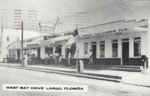LARGO , Florida, 1952 ; West bay Drive