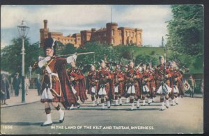 Scotland Postcard - In The Land of The Kilt and Tartan, Inverness  DC1606