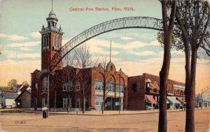 LP57   Flint  Michigan  Postcard Central Fire Station
