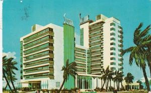 MIAMI BEACH , Florida, 1987; Shelborne Hotel, Pool, Cabana Club