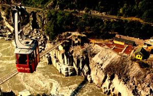 Canada - BC, Fraser Canyon. Hell's Gate  (Aerial Lift)