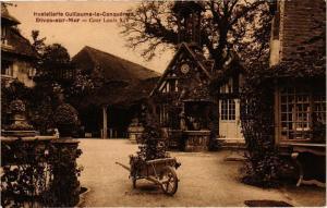 CPA DIVES-sur-MER - Cour Louis (271718)