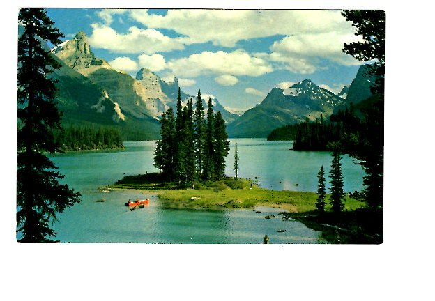Maligne Lake, Jasper Park, Alberta, Canoe