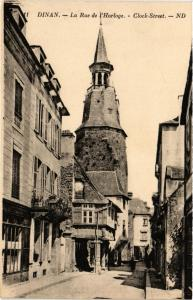 CPA  Dinan - La Rue de l'Horloge  (381491)
