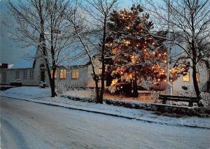 Altes Friesenhaus im weihnachtlichen Glanz Winter, Street House