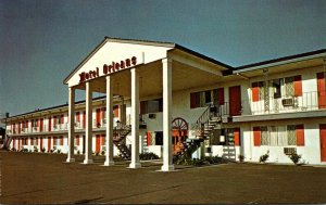 California Red Bluff Motel Orleans