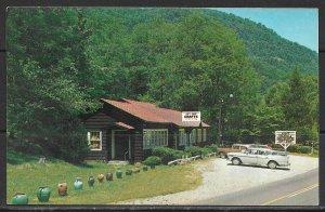 North Carolina, Tryon - Valhalla Hand Weavers Gift Shop - [NC-050]