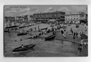tp6635 - Sussex - The Beach and Pleasure Boats, West Parade, Worthing - Postcard