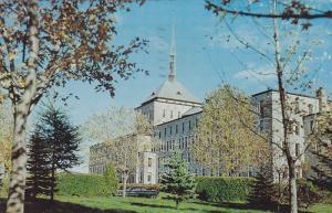 Exterior,  College de Victoriaville,  Quebec,   Canada,   PU_1970