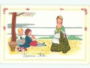 foreign Old Postcard LITTLE DOG BESIDE FRENCH KIDS UNDER TREE AC3690