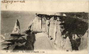 CPA ETRETAT-Les Falaises et l'Aiguille (347732)
