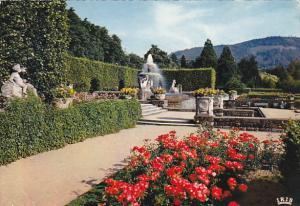 Germany Baden Baden Springbrunnen im Goenner Park