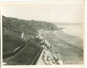 UK, West Sands from the Spa, Whitby, Photo Snap-Shot