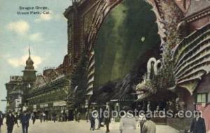 Dragon Gorge, Ocean Park, California, Ca, USA California Carnival Parade, Par...