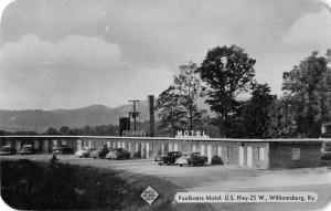 Williamsburg Kentucky Faulkners Motel Street View Vintage Postcard K53196