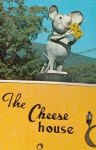 ARLINGTON , Vermont , 50-60s ; Chunky the Cheese House Mouse, The Cheese House