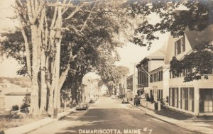 RP; DAMARISCOTTA , Maine , 1930-40s , Main Street ; #2