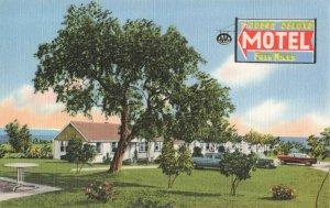 Postcard Fran Miles Motel St Ignace Michigan