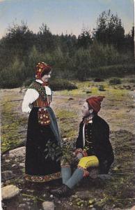 Couple Talking, Floda, Sweden, 1900-1910s