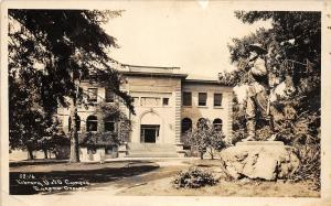 F26/ Eugene Oregon RPPC Postcard c1930s University Campus Library
