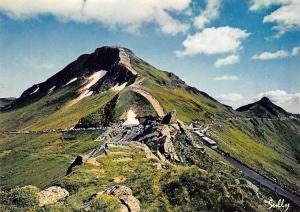 France Le Puy Mary Col routier le Plus eleve du Massif Central