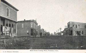 LP09 Fremont Iowa Postcard Main St. Looking West
