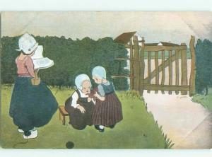 Divided-Back CHILDREN SCENE Great Postcard AA5106