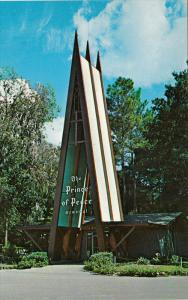 Entrance to The Prince of Peace Memorial, Silver Springs, Florida, United Sta...