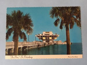 Vintage postcard The Pier, St. Petersburg, Florida (FL-1)